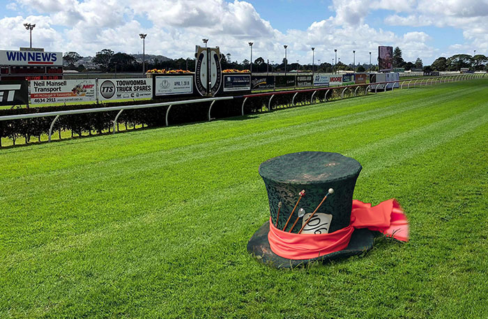 Mad Hatter Spring Carnival Cup
